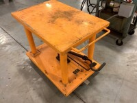 24-IN BY 36-IN ROLLING LIFT TABLE - 3