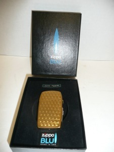 ZIPPO BLU LIGHTER NEW IN BOX