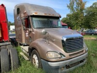 2007 Frieghtliner Conventional C Truck Tractor - 2