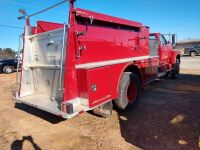 1987 FORD F-800, EMA VEHICLE, FIRE TRUCK, V I N NUMBER 1 F D Y T 8 4 A 7 H V A 2 4 8 2 1, MILES SHOWING 27419, SELLER STATES RUNS AND DRIVES, WAS DRIVEN TO THIS SITE FOR AUCTION - 4