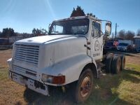 1992 INTERNATIONAL 8200 TRUCK / TRACTOR, MILES SHOWING 173209, VIN NUMBER 1HSHGA6R6NH397563, SELLER STATES RUNS AND DRIVES AND WAS DRIVEN TO THIS SITE FOR AUCTION - 4