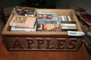 PRIMITIVE SOLID WOOD APPLES BOX FILLED WITH VINTAGE MUSIC CASSETTES INCLUDING JIM CROCE, ROY ORBISON, JERRY LEE LEWIS, AND MORE - LR