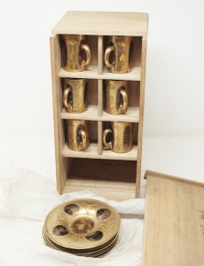 OLD DEMITASSE CUPS AND SAUCERS WITH ORIGINAL HANDMADE WOODEN BOX - LR