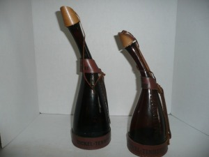 PAIR OF VINTAGE DICKLE TENNESSEE WHISKEY LIQUOR DECANTER BOTTLES