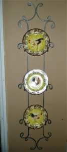 3 ROOSTER PLATES BY AMERICAN ATELIER AT HOME PETITE PROVENCE WITH IRON HOLDER