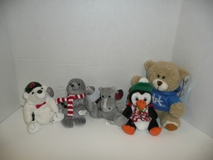 4 COCA COLA COLLECTIBLE ANIMALS AND 1 UK BEAR
