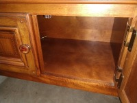 VERY NICE ALEXANDRIA JULIAN FORMAL SIDEBOARD, DOES HAVE LOTS OF UNDERNEATH STORAGE, DOES HAVE SIMILAR FOOTED LEGS AS THE FORMAL DINING TABLE BUT IS NOT AN EXACT MATCH - 7