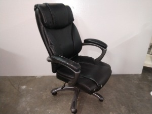 ROLLING SWIVEL OFFICE CHAIR, DOES HAVE SOME WEAR ON ARM