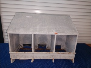 30-IN, THREE-BIN NESTING BOX, GALVANIZED