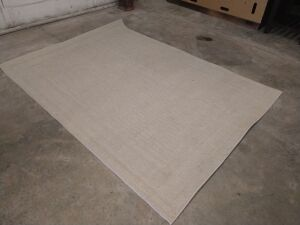 MOHAWK BRAND ROOM RUG 60-IN X 84-IN, See pictures have some stains