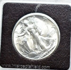 1946 SILVER WALKING LIBERTY HALF DOLLAR IN CAPSULE LOOKS UNCIRCULATED