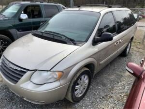 2007 Chrysler Town and Country Mini-Van Touring V6