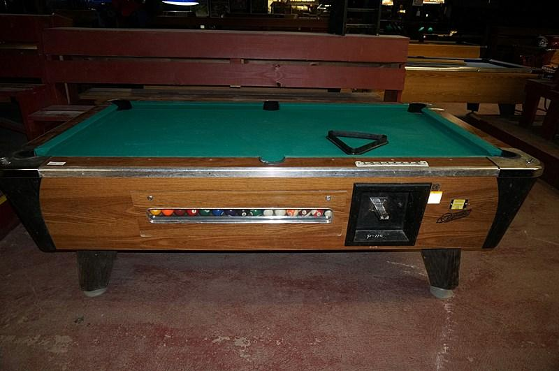 VALLEYDYNAMO COIN OPERATED POOL TABLE - Valley coin operated pool table