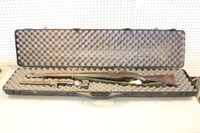 SPRINGFIELD made in 1944 M1 GARAND 30-06 RIFLE Manufacturer