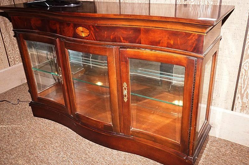 Lot 1022 Of 511: BEAUTIFUL SERPENTINE FRONT LIGHTED DISPLAY CABINET WITH  GLASS SHELF BY JASPER CABINET COMPANY