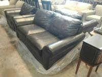 Klaussner brand 5 foot loveseat, this love seat