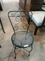 Single metal patio chair