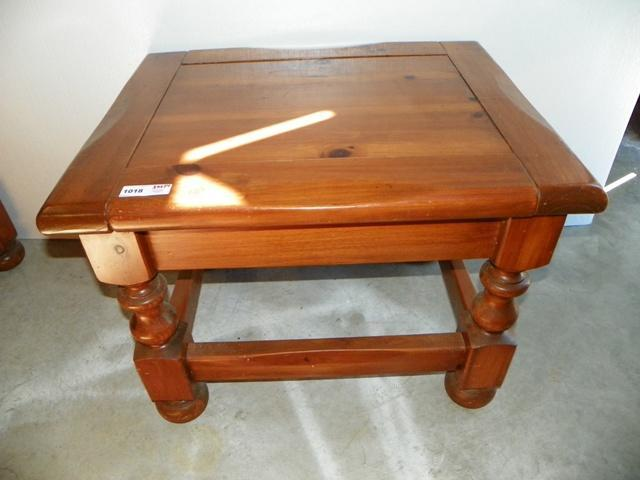 Superbe Lot 1018 Of 198: SOLID WOOD END TABLE,30X24